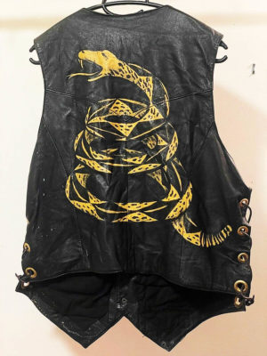 scully-leather-biker-vest-painted-snake-dont-tread-on-me